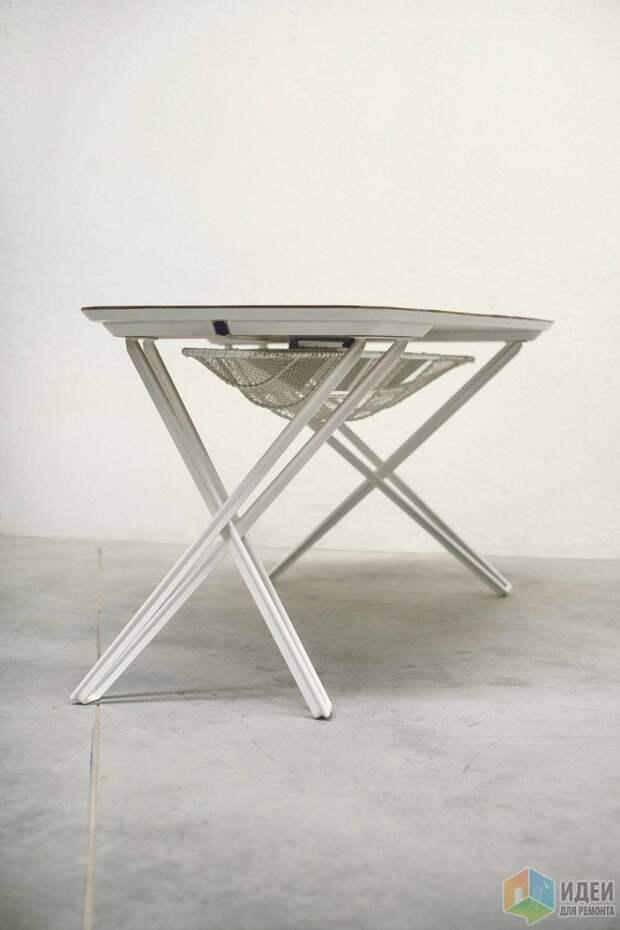 Необычный стол в морском стиле
