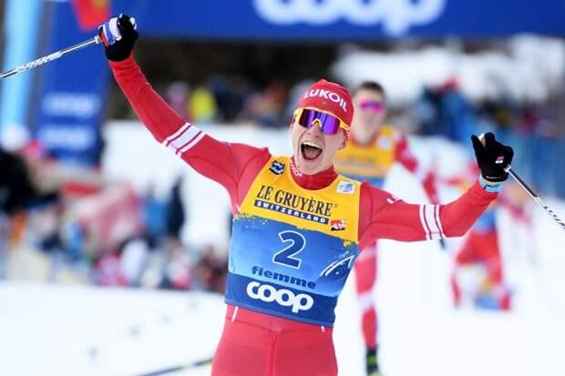 Большунов выиграл в эконом-режиме: не рвал, сломя голову, а просто сохранил мини-задел до финиша. И повторил рекорд Устюгова