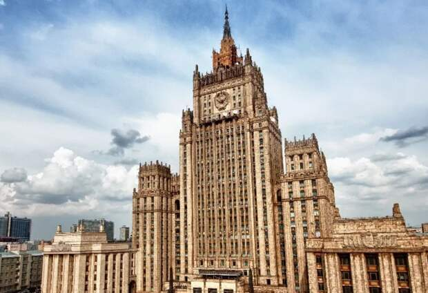 Уговоры кончились. Россия наконец-то объявила войну всей украинской элите