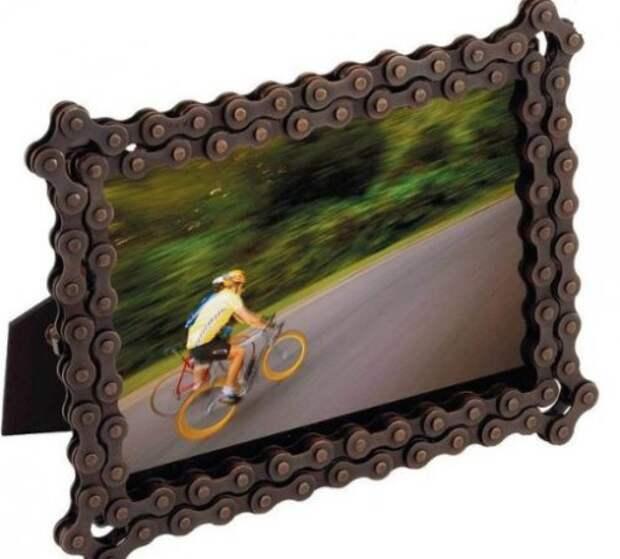 Фоторамка из велосипедной цепи