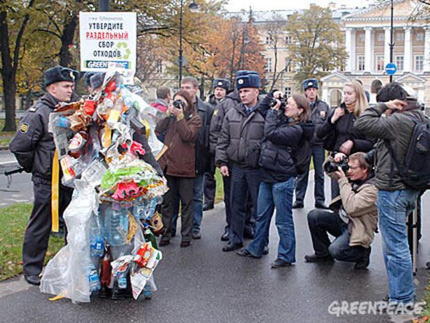 Человек-мусор задержан милицией