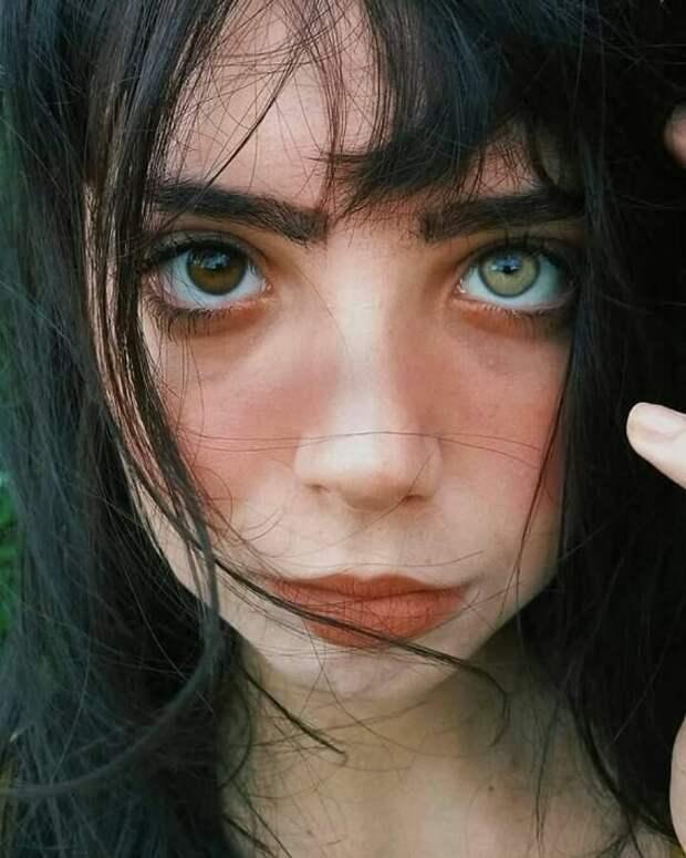 25 людей с уникальными лицами, которые привлекают и отталкивают одновременно