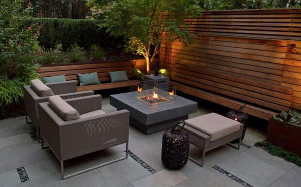 Стол с камином в минималистском стиле