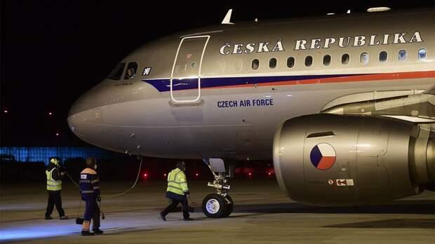 Дипломатия по-русски: посол США уезжает, земельный спор с Чехией и шпионский скандал в Болгарии