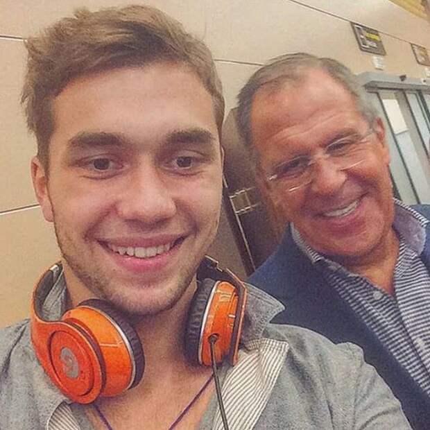 """Инстаграм-аккаунт о жизни """"золотой молодежи"""" России"""