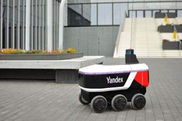 """""""Яндекс"""" начнет в 2021 году продавать роботов-доставщиков другим компаниям"""