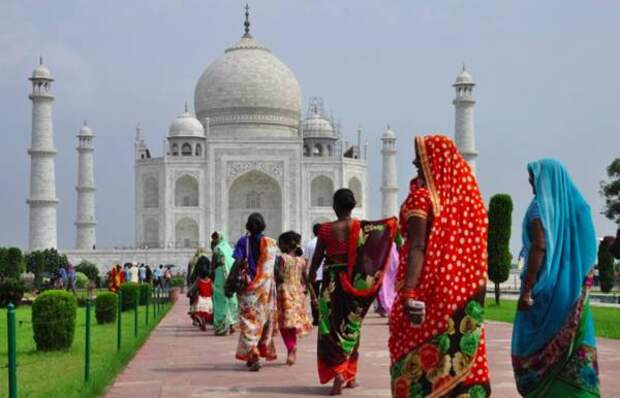 Почему Индия так плохо справилась со второй волной COVID-19