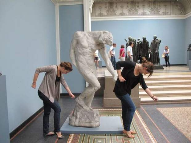 Интересные статуи, с которыми фотографируются туристы