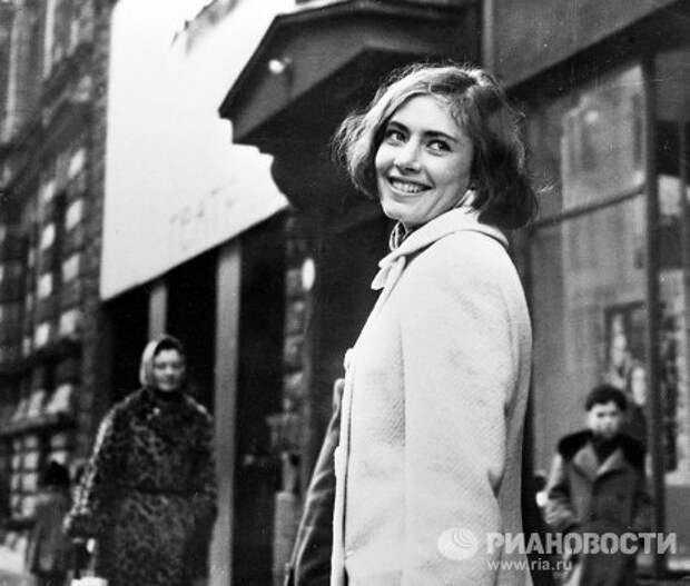"""Дочь адмирала и """"шпионки"""" Виктория Федорова"""