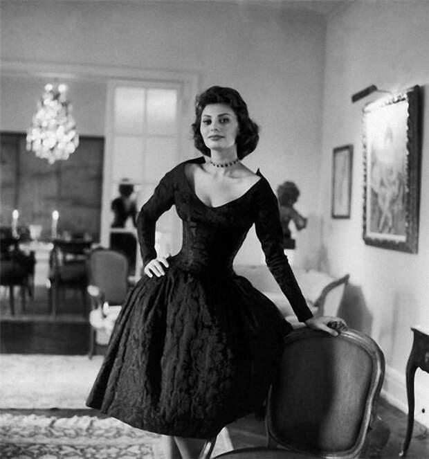 Самой красивой итальянке Софи Лорен 81 год