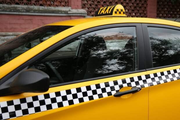 Водители тверских такси могут стать соучастниками преступлений