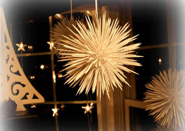 Новогодние шары из зубочисток - фото 5