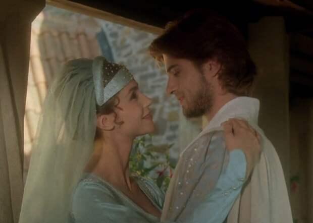 Мечта всех девушек 90-ых благородный Ромуальдо из сказки «Пещера золотой розы»