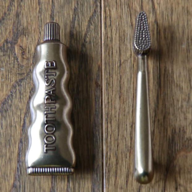 10 совсем нескучных дверных ручек