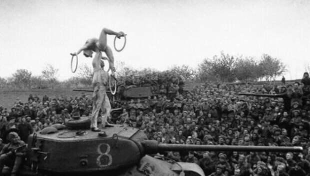 25 исторических фото, которые запечатлели драматические моменты прошлого