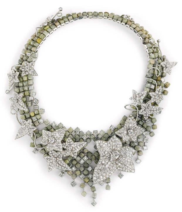 Boucheron's Lierre de Paris necklace inspired b