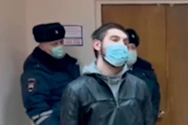 Хвалившегося ездой по встречке россиянина на год лишили прав