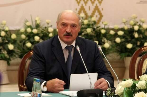 Неугомонный Лукашенко пилит сук, на котором сидит