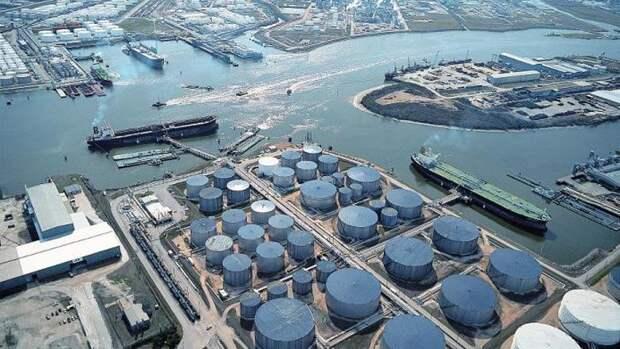 США будут сдавать варенду хранилища стратегического резерва нефти— СМИ