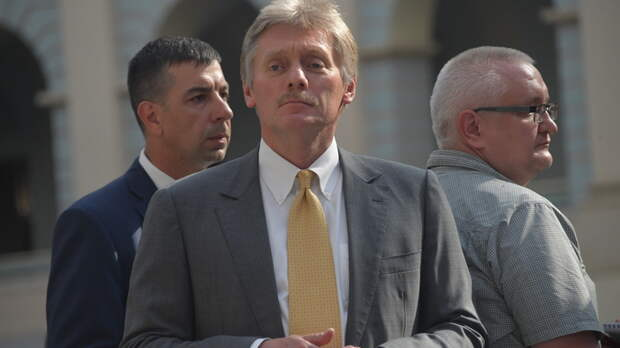 """""""Не дать задохнуться экономике"""": В Кремле намекнули на новые решения - уже на следующей неделе"""