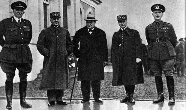 Опубликованы документы о планах Англии и Франции ударить по СССР накануне Второй мировой войны