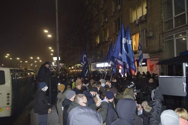 «Мы мочим москалей, не переходите нам дорогу» – киевские наци угрожают евреям