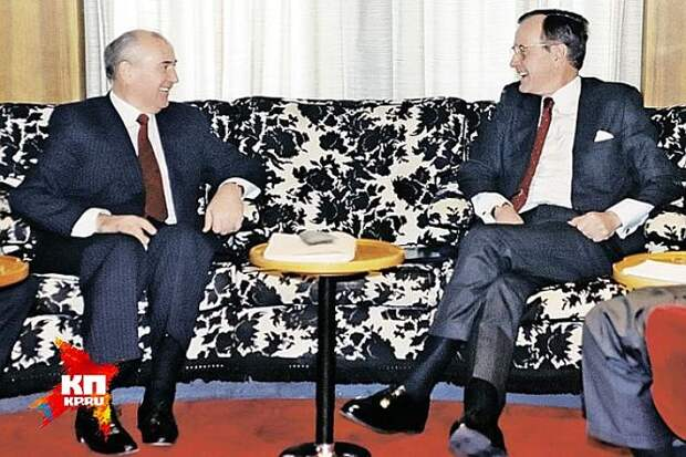 Михаил Горбачев и Джордж Буш-старший на Мальте. Фото: GLOBAL LOOK PRESS