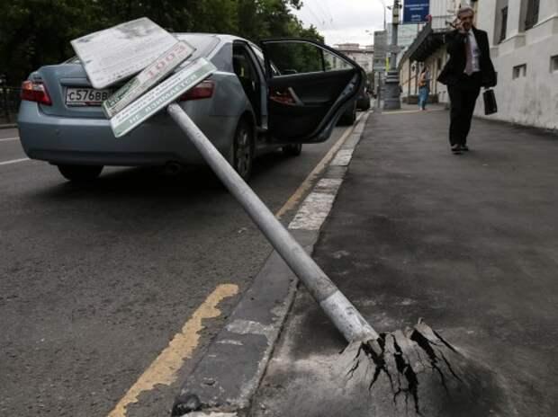 Московские водители оплатили капремонт жилых домов и дворов