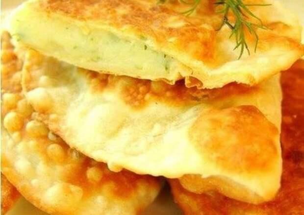 Чебуреки с сыром и картошкой – желанные гости на вашем столе