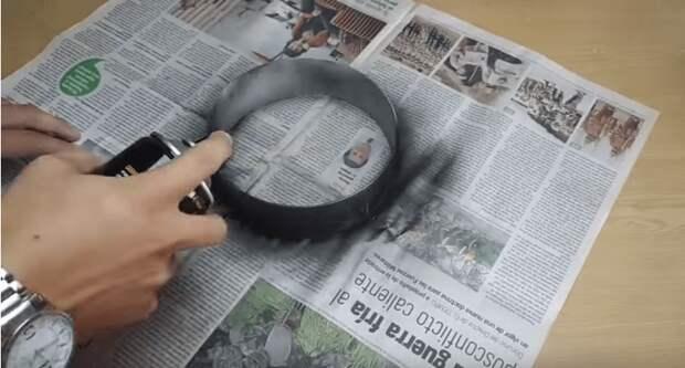 Девушка придумала креативную идею использования ведра от стройматериалов