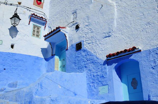 Шефшауэн – ослепительно синий город под солнцем