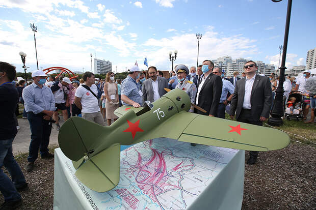 В Казани прошел авиационный праздник «Я выбираю небо»