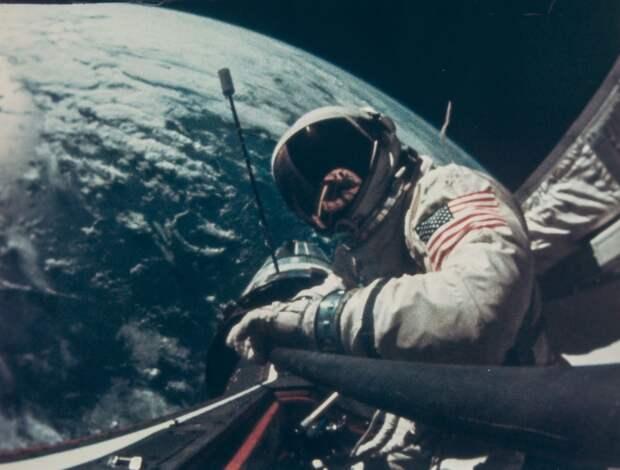 Американская космическая гонка.