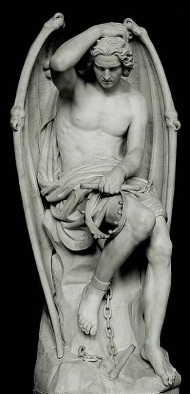 Два прекрасных Люцифера: Почему одного падшего ангела удалили из Льежского собора, а другого нет