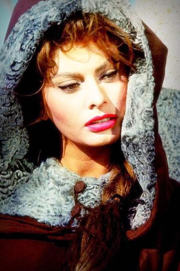 Шикарный образ Софии Лорен в фильме 1961 года «Эль Сид»