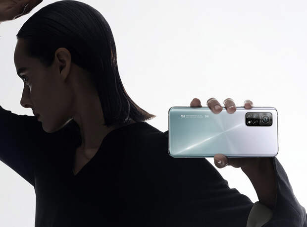 Xiaomi Mi 10T и Mi 10T Pro официально в России: для самых шустрых заниженная цена и огромный комплект аксессуаров