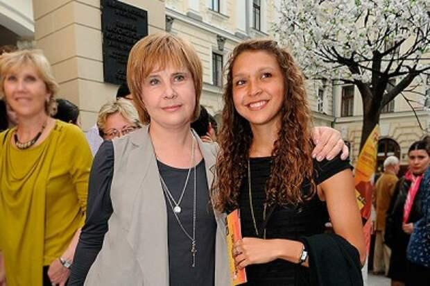 Дочь Татьяны Догилевой  поведала о своей борьбе с анорексией
