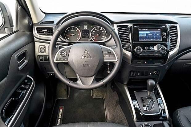 Проверяем российским бездорожьем новый Mitsubishi L200
