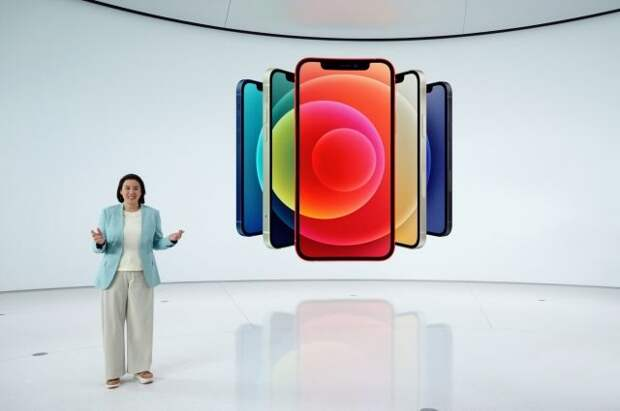 Россияне продают на сайтах объявлений места в очереди за новыми iPhone