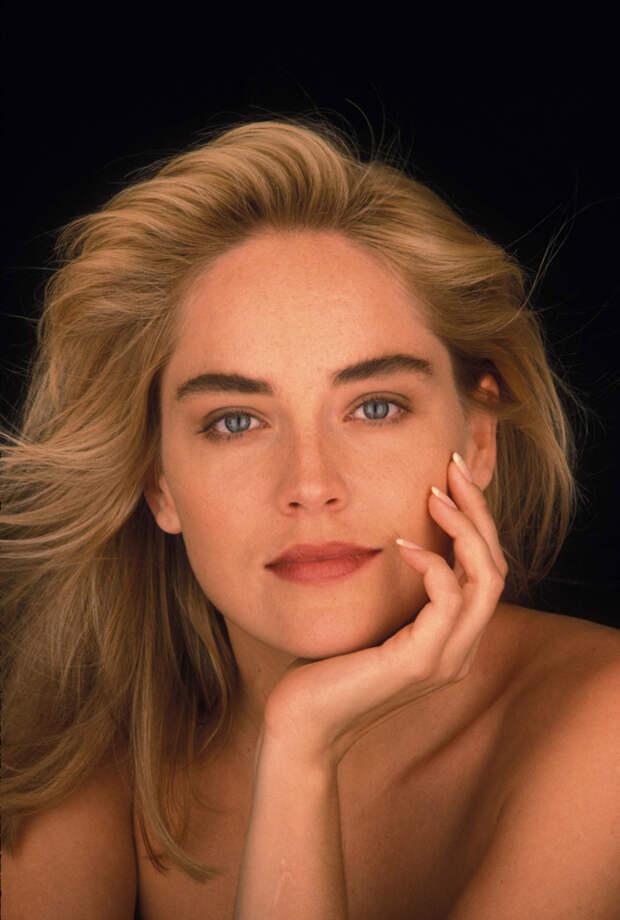 Шэрон Стоун (Sharon Stone) в фотосессии Яна Майлза (Ian Miles) (1990), фото 6