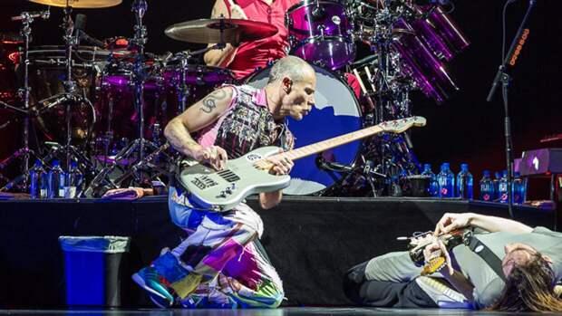 Каталог песен Red Hot Chili Peppers продадут более чем за $140 млн