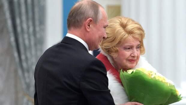 Путина попросили изгнать худрука МХАТа