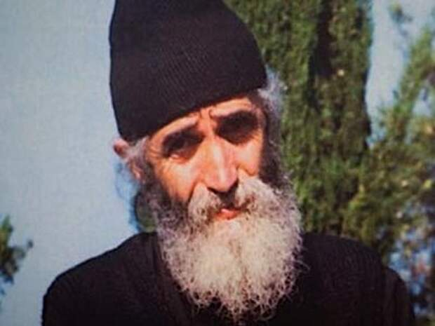 В связи с русско-турецким конфликтом греки вспомнили пророчества старца