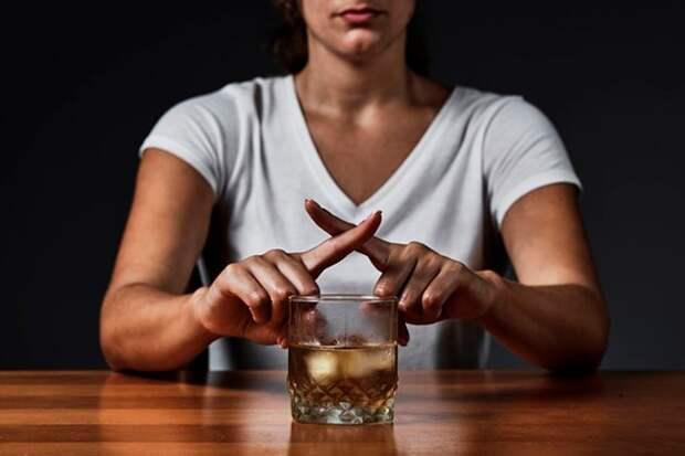 Массовое отравление спиртом на Урале: как борются с суррогатом