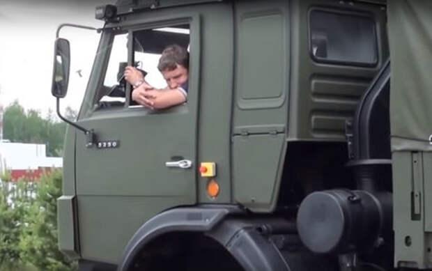 Госдума решила пустить беспилотники на дороги общего пользования