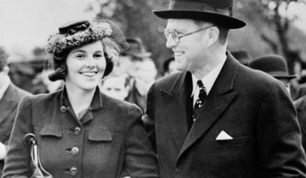 Как покидали этот мир представители одной из самых влиятельных семей США