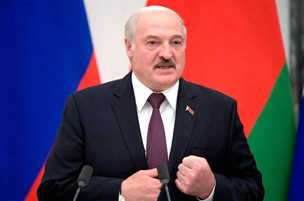 Зачем Лукашенко приезжал в Москву