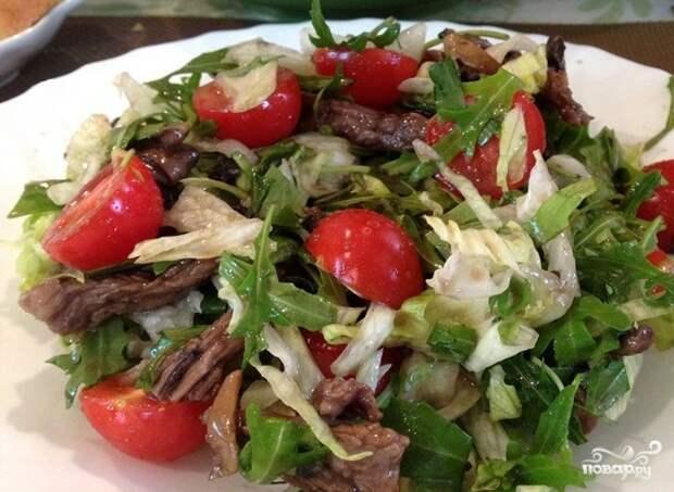 Вкуснейший теплый салат с рукколой на ужин