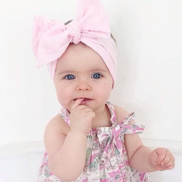 Годовалая звезда покорила Инстаграм Instagram, дети, милота