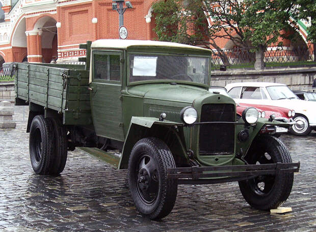 4 советских машины, которые оказались круче иномарок